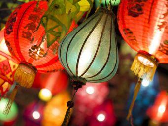 农历几月几是元宵节?关于元宵的诗词有哪些?